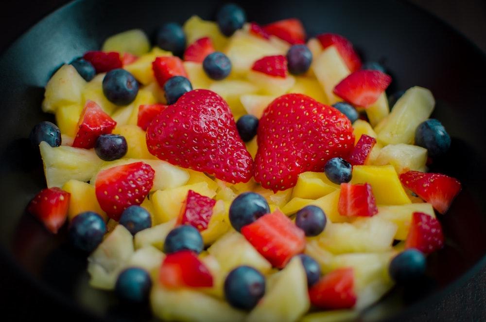 Fruit salad - Photo by Adél Grőber on Unsplash